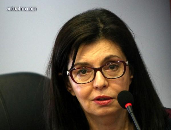 """Директорът на 51 СУ """"Елисавета Багряна"""" подаде оставка като съветник на Кунева"""