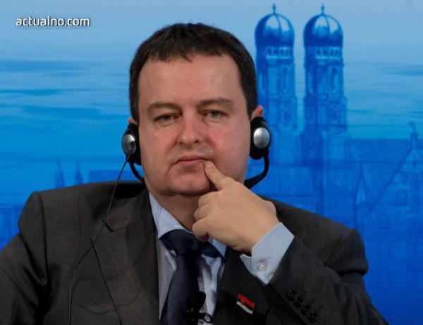 Дачич: Никой не иска да променя границите насила