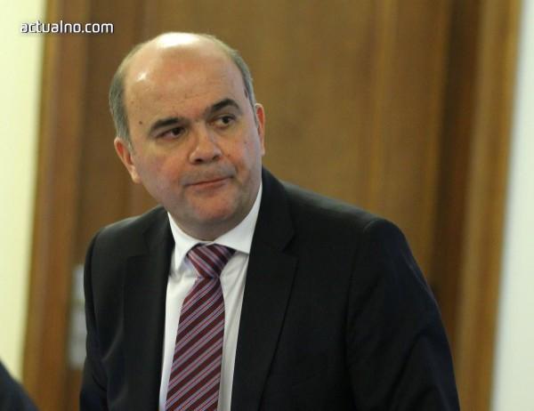 Петков: Реформата в експертизата на работоспособността не цели отнемане на права