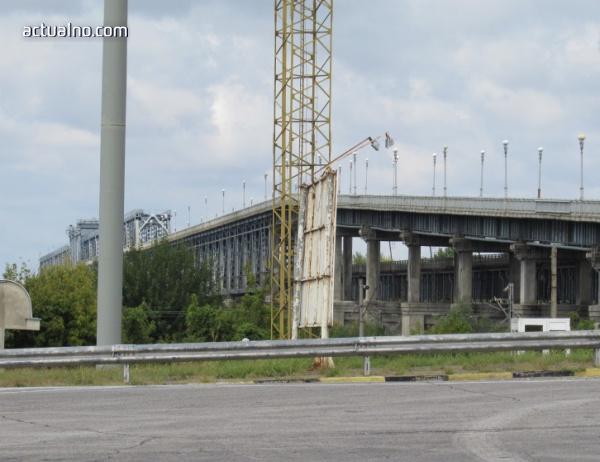 За кратко ограничават движението през ГКПП Дунав мост – Русе