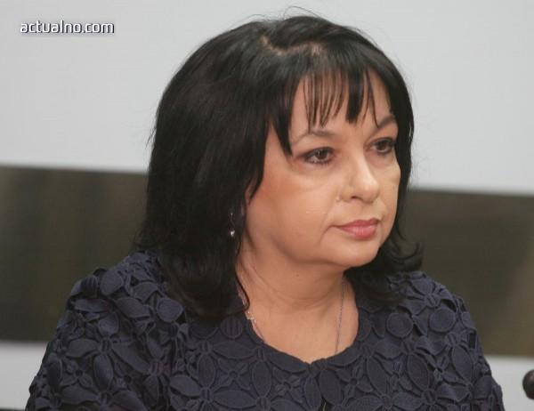 Петкова: Държавата няма да купува ЧЕЗ
