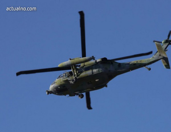 Спасителен вертолет се разби в Япония, седем са загиналите