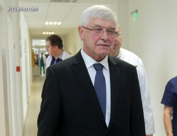 Ананиев: Няма напрежение при по-голямата част от здравноосигурителните плащания