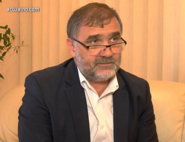 """Директорът на """"Български пощи"""" смята, че те се модернизират, но обществото не го вижда"""
