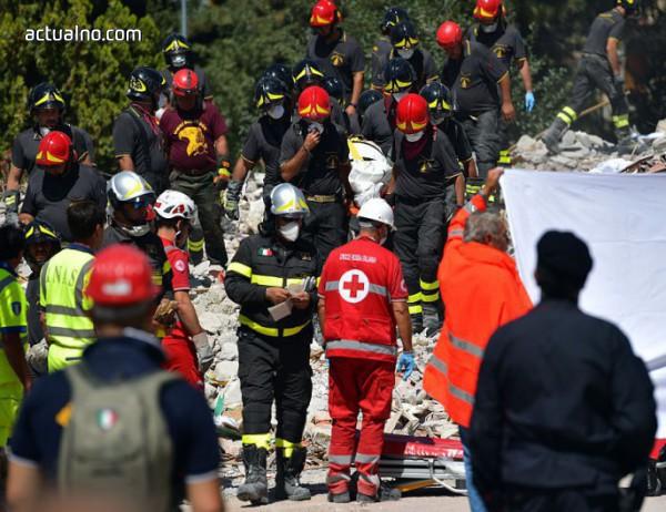 Расте броят на жертвите на трагедията в Генуа