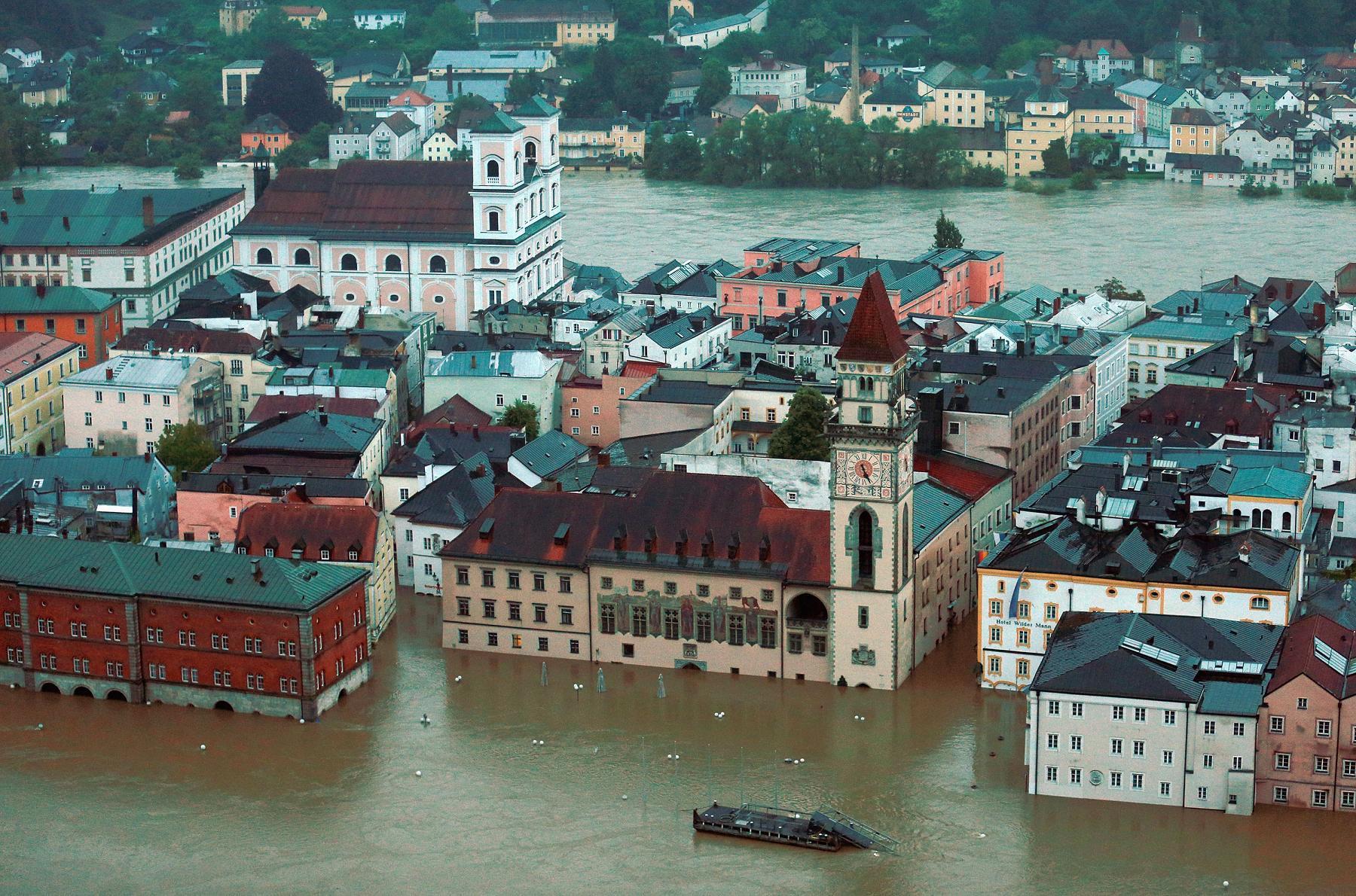 Резултат с изображение за наводнения европа