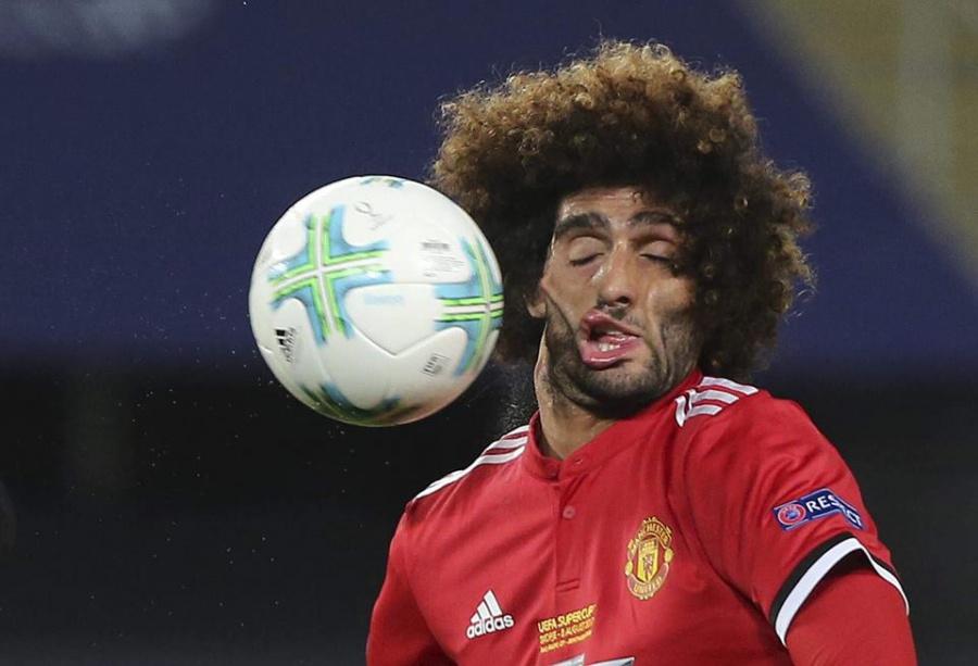 Фелайни показва красотата на футбола