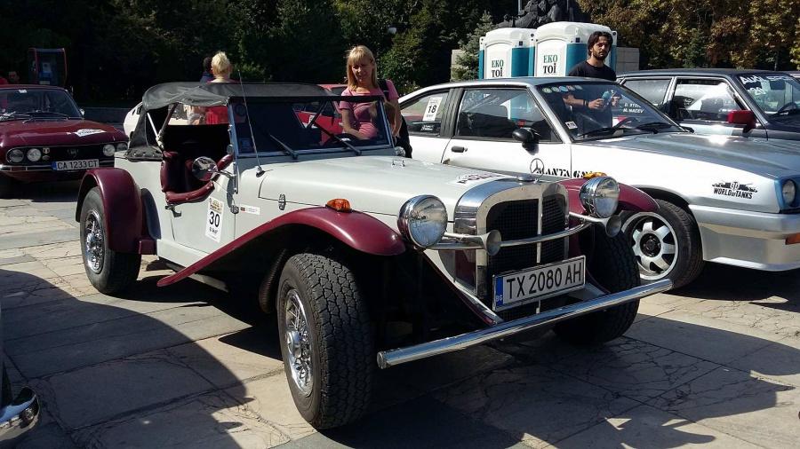 Изложба на ретро автомобили впечатли пловдивчани
