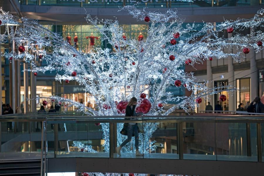 Ливърпул вече има Коледна украса
