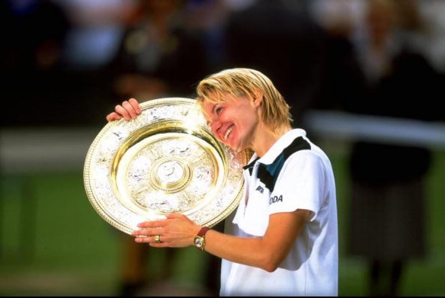 Шампионката от Уимбълдън Яна Новотна почина на 49 години