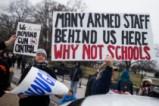 """Протест на """"мъртви ученици"""" заради оръжейния контрол в САЩ"""