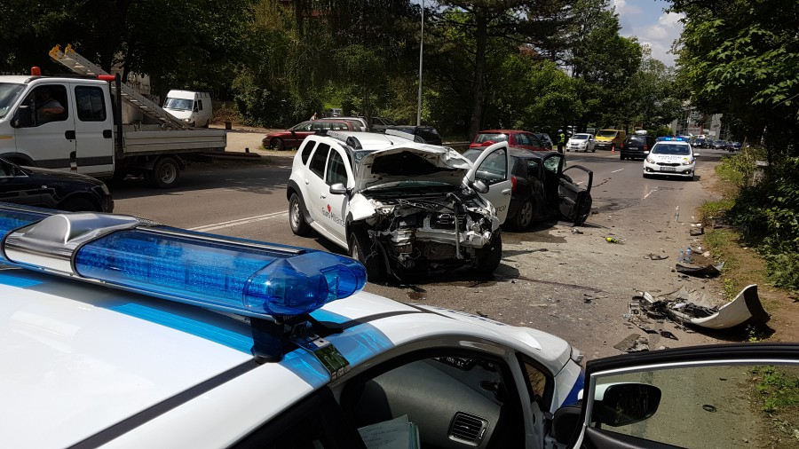 Катастрофа с ранени стана в София