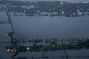 1 млн. души са без дом след наводнения в Индия