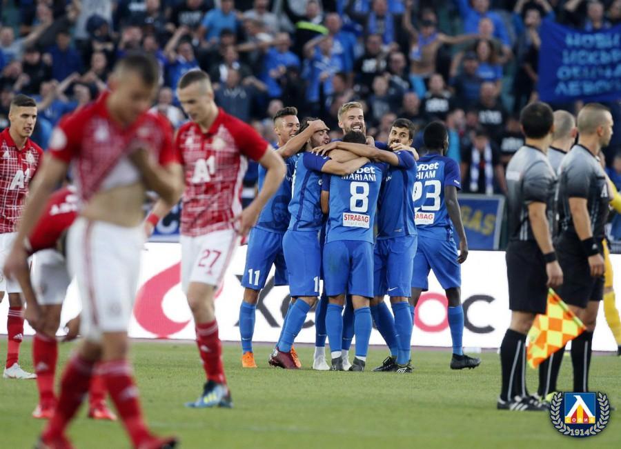 Левски оглави класирането в Първа лига