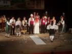 """Пазарене за ромска булка и """"Ела се вие, превива"""" - на сцената в Асеновград"""