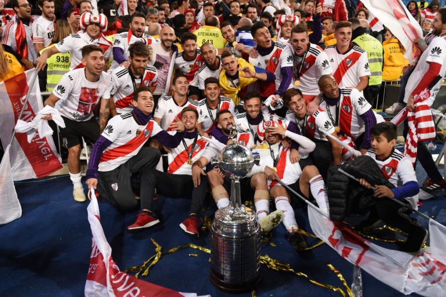 Ривър Плейт пречупи Бока Хуниорс във велик финал на Копа Либертадорес