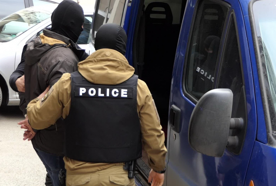 Arestuvanite Visshi Policai Ot Sofiya Otkradnali Pechelivsh Toto Fish