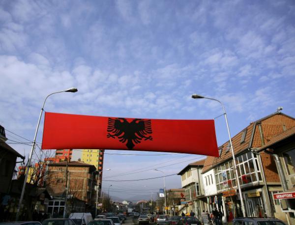 photo of Зов Албания да наложи вето на Македония за НАТО