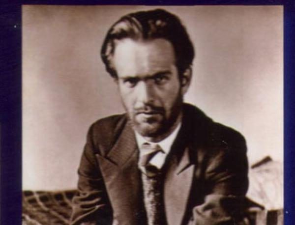 photo of Никола Вапцаров - внук: Дядо се определяше като българин