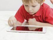 Facebook се превръща в основен метод за комуникация за най-малките