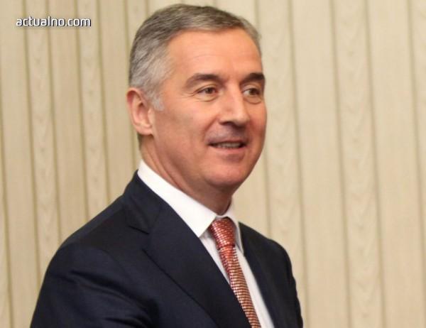 photo of Джуканович отново взе властта в Черна гора