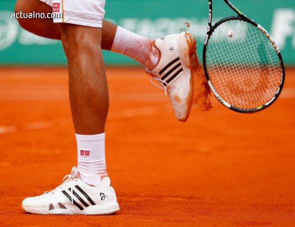 photo of Сексуални стенания прекратиха тенис мач (ВИДЕО)