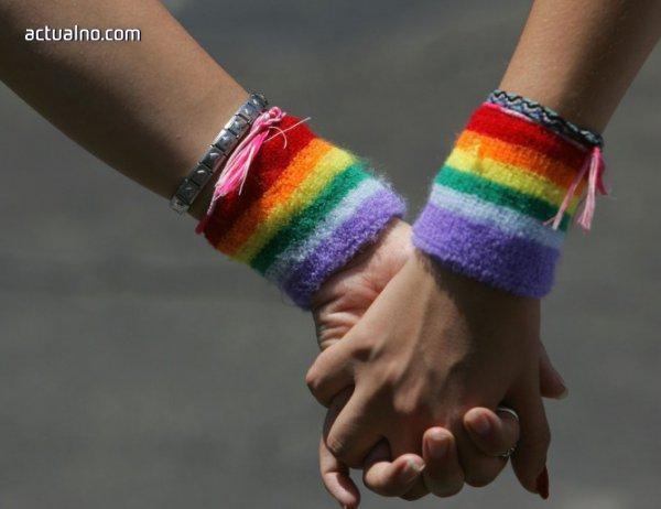 photo of Евродепутати молят румънския парламент да не блокира еднополовите бракове