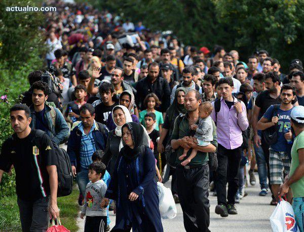 """photo of Ева Паунова: България не е искала да е """"гореща точка"""" за бежанци"""