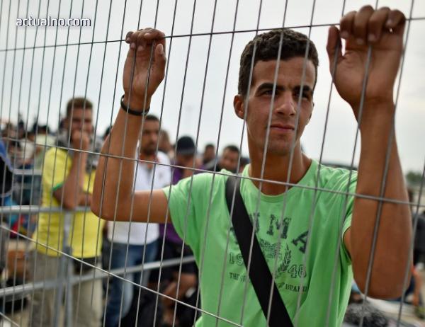 photo of Бежанските центрове са пълни едва на 25%