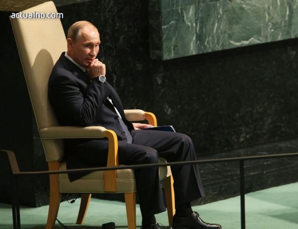 photo of Разследващ журналист: Путин насочва фалшивите новини към руската пропаганда на Балканите