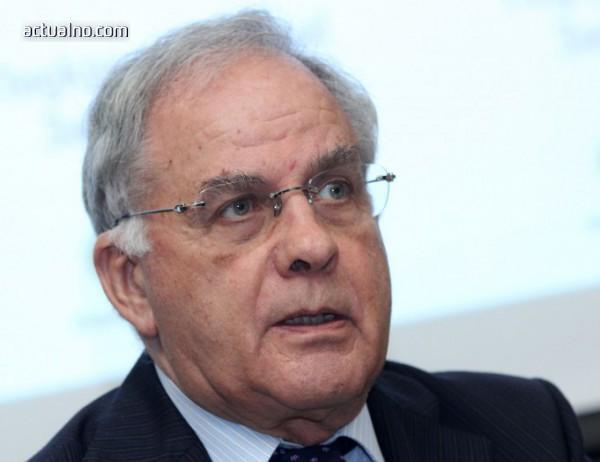 """photo of """"Вечният"""" Данчо Лазаров остава начело на българския волейбол"""