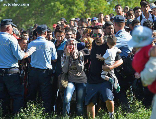 """photo of ЕК ще създаде 100 хиляди места за приютяване на бежанци по """"Балканския път"""""""
