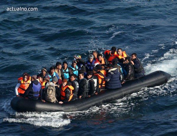 photo of Морето ги поглъща, а ЕС продължава да се лута