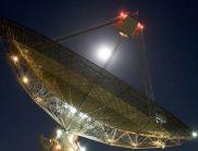 Телескоп е уловил загадъчни сигнали