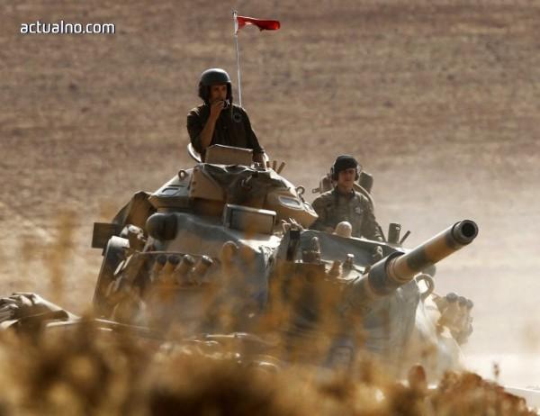 photo of Турция прехвърля военна техника на границата със Сирия