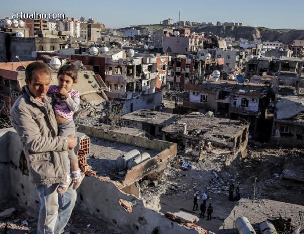 photo of Войната в Сирия е отнела живота на над 350 000 души