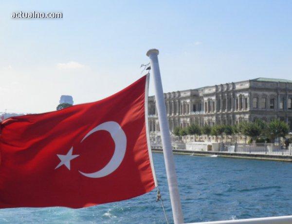 photo of Турция забрани достъп в страната на повече от 53 000 чужденци