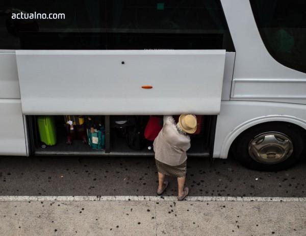 photo of Превозвачите заплашват да спрат всички автобуси като протест срещу нов законопроект