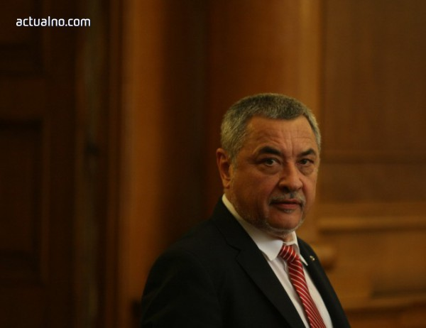 photo of Симеонов: Ще сезираме Европейската комисия за промените при горивата
