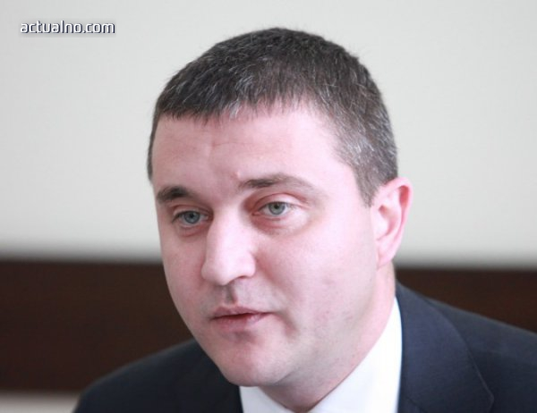 photo of Владислав Горанов: От 1 октомври 200 лв. минимална пенсия е възможното решение