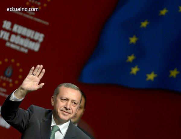 """photo of """"Хюриет"""": Турция трябва да заложи на ЕС, защото не може да разчита на стабилност в Близкия изток"""