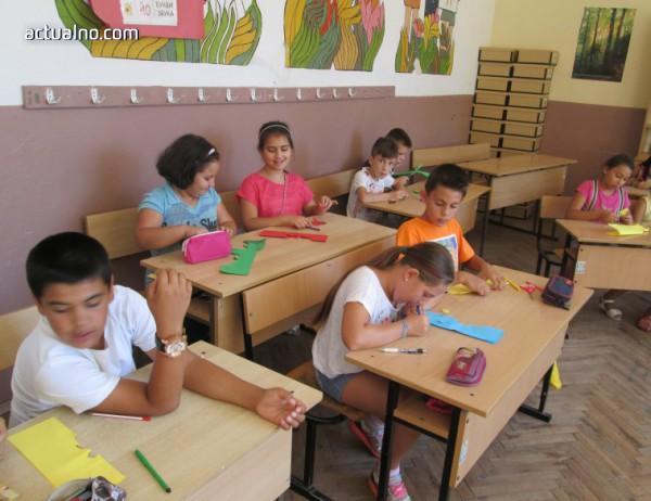 photo of Масово родителите виждат учителя само на родителска среща