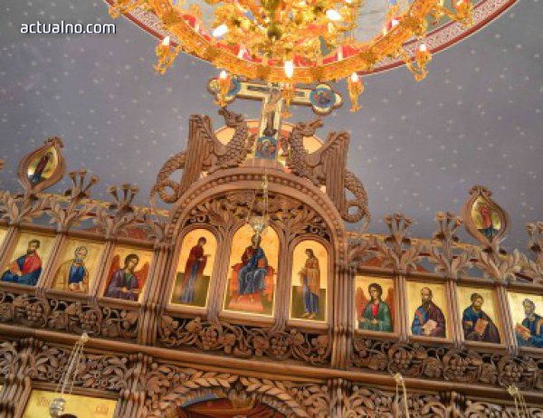 photo of На Светли петък се благославя Св. Петър