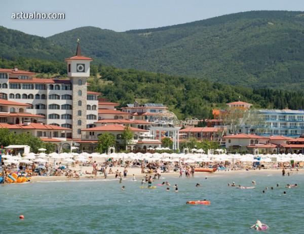 photo of Криза за кадри в курортите, в Слънчев бряг не достигат 15 000 служители