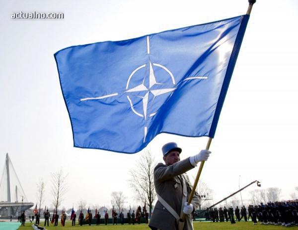 photo of Скапароти: С нетърпение очаквам Македония да стане 30-та членка на НАТО