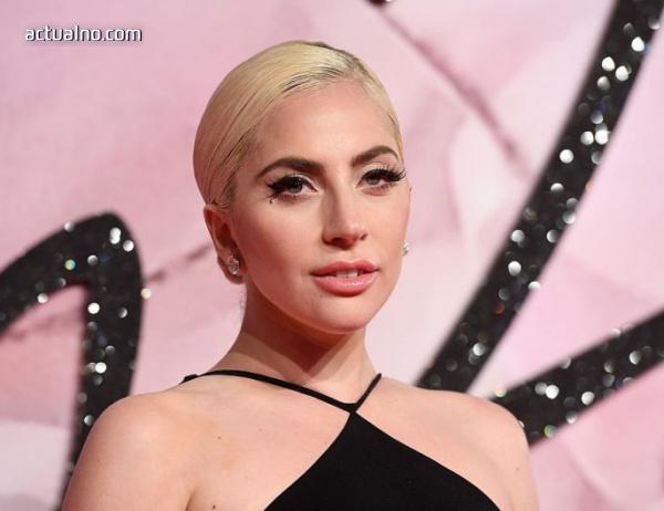 photo of Лейди Гага призна, че e болна