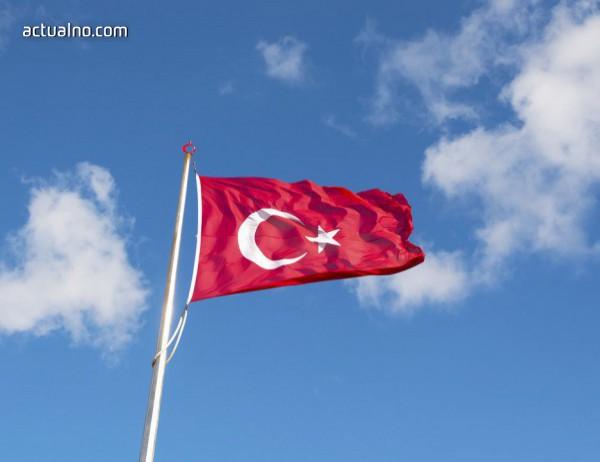 photo of В Турция осъдиха 25 журналисти на затвор
