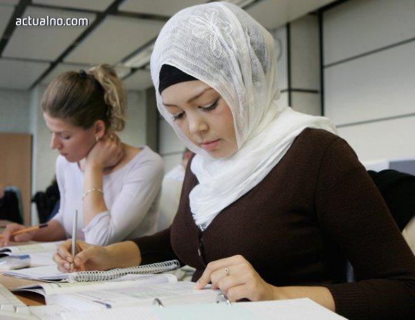 photo of Младите туркини масово сключват уредени бракове