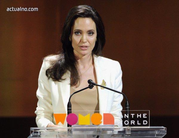 photo of Анджелина Джоли осиновила едно от децата си с фалшифицирани документи