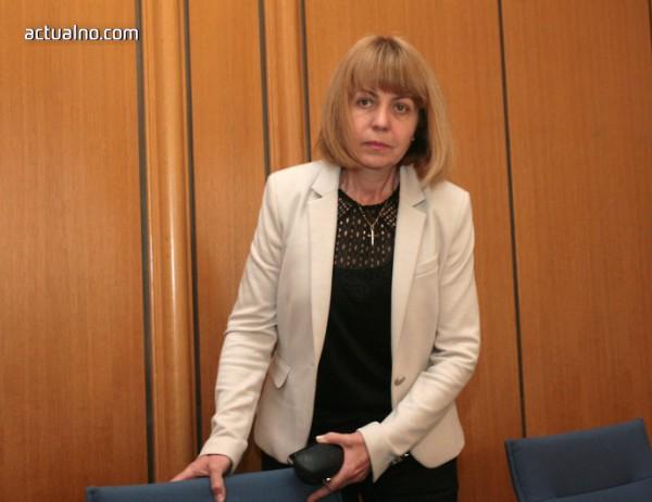 photo of Фандъкова с примери за лоша работа от страна на Иванчева
